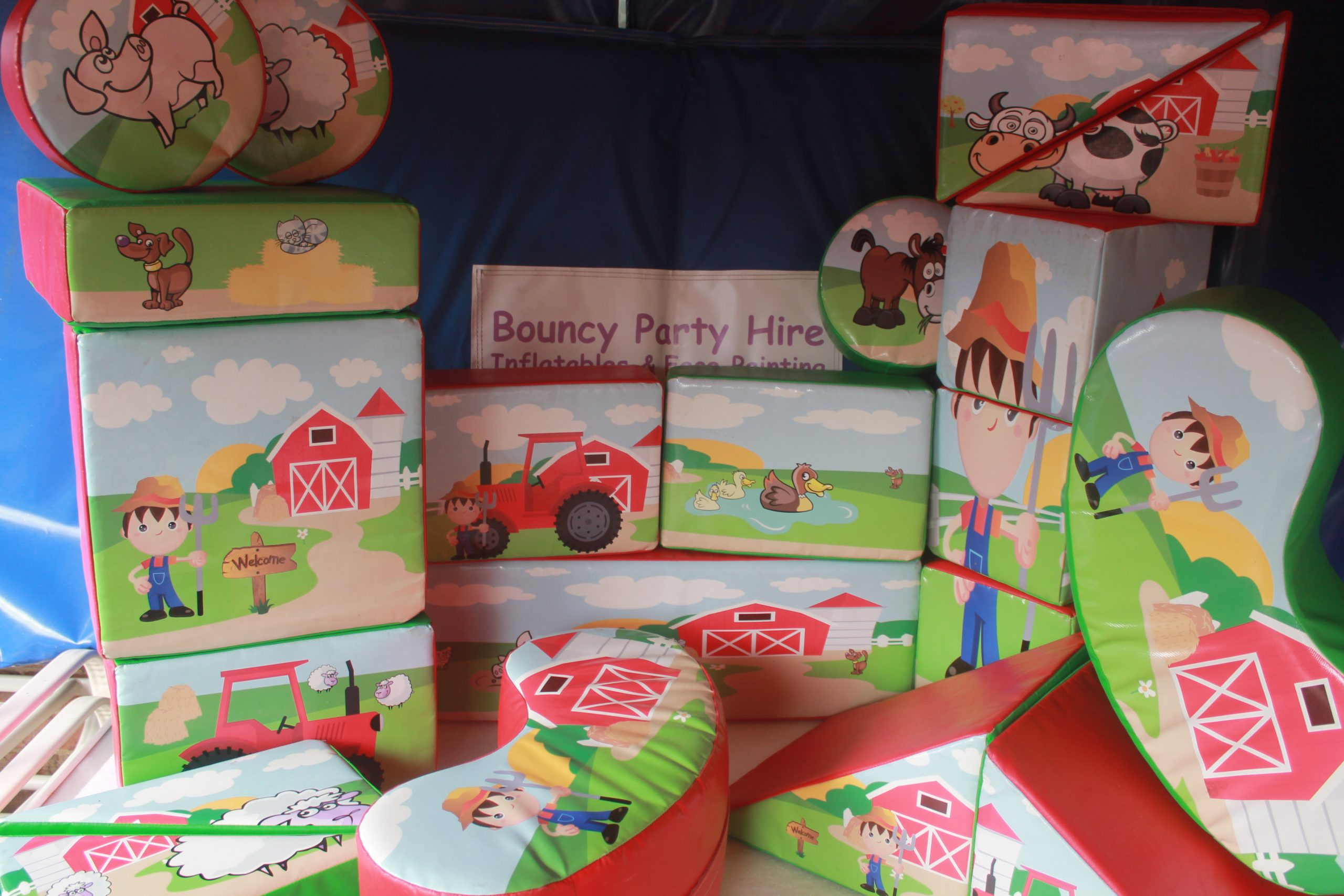Farmyard soft play set hire
